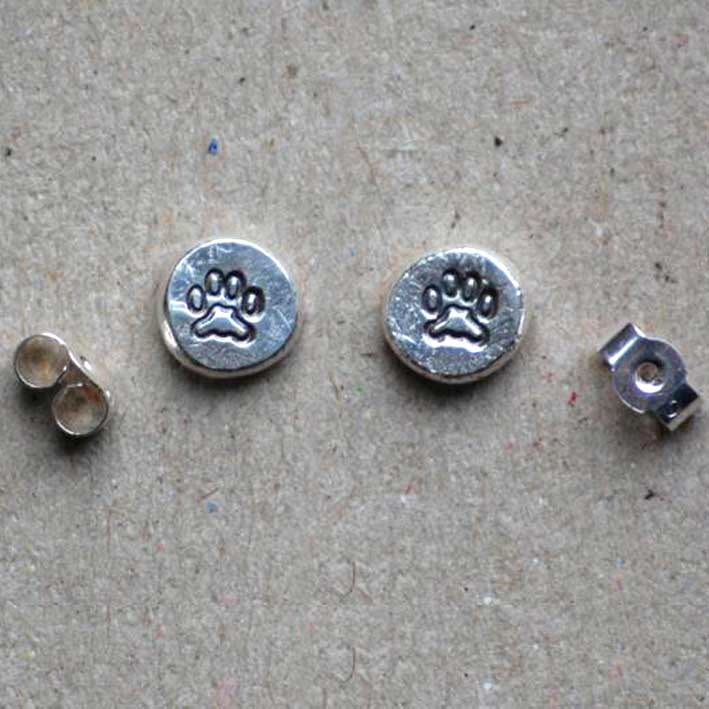 Small Pawprints